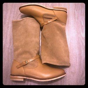 Zara Brand new women's boots leather size 6
